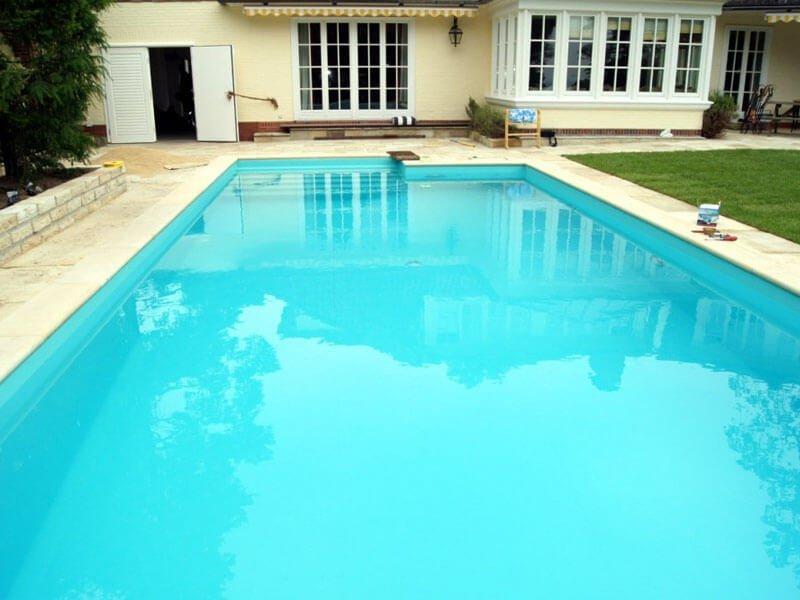 Reparación de piscina cubierta en Madrid